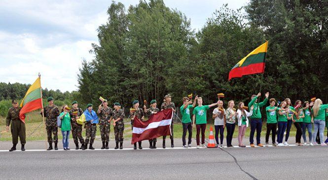 Kviečiame paminėti Baltijos kelio sukaktį